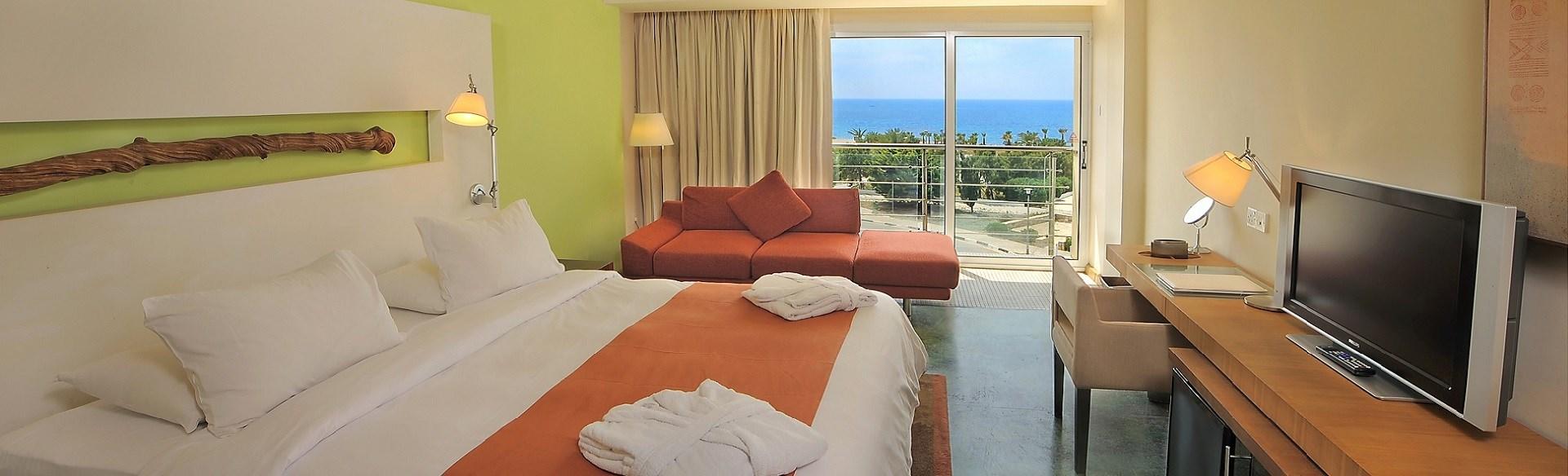 E Hotel - rooms